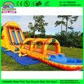 Commerical sacacorchos gigante inflables toboganes de agua para los precios, al aire libre gigante tobogán inflable con piscina