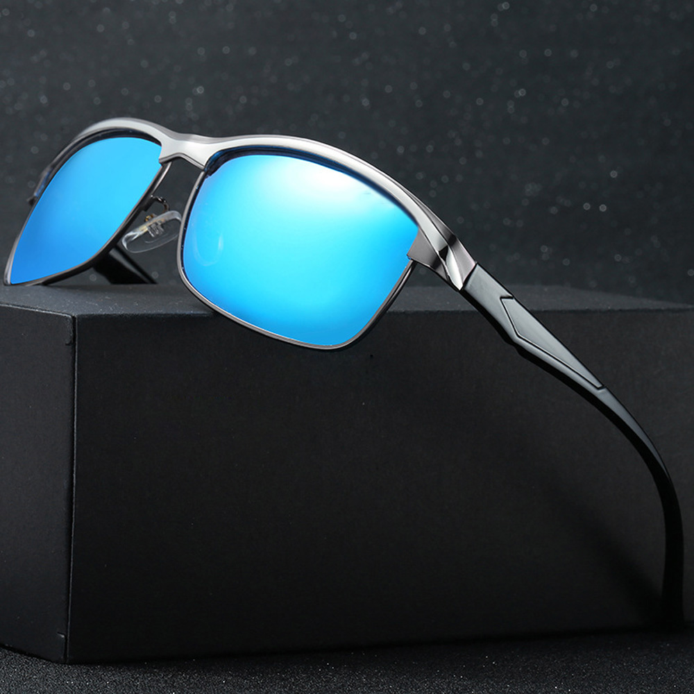 Image 2 - 2019 New men and women Polarized Sunglasses fashion sunglasses brand woman Polarized sunglasses for outdoor sport Decorations-in Driver Goggles from Automobiles & Motorcycles