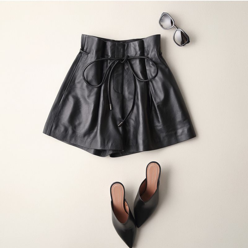 Svadilfari Wholesale 100 Real Genuine Leather Shorts New 2018 Full Winter Black Sheepskin Shorts Women Size