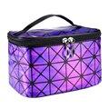 Nova Moda Geométrica Zipper Cosmetic Bag Mulheres Laser Flash Diamante de Couro Saco Das Senhoras Cosméticos Organizador de Maquiagem New Janeiro 11