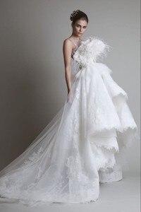 Image 1 - Freeshipping 한정판 화려한 깃털 레이스 신부 웨딩 드레스