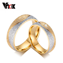 Vnox couple engagement ring for women men sand blasted gold-color stainless steel CZ wedding rings jewelry(China)
