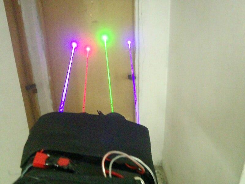 Freies Verschiffen 3 Farbe LED Laser Handschuhe Grün Blau Rot Licht - Partyartikel und Dekoration - Foto 2