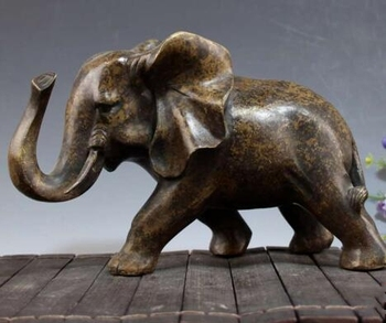 Chinese Old Pure Copper Carving Animal Elephant Wild Elephant Statue Collection