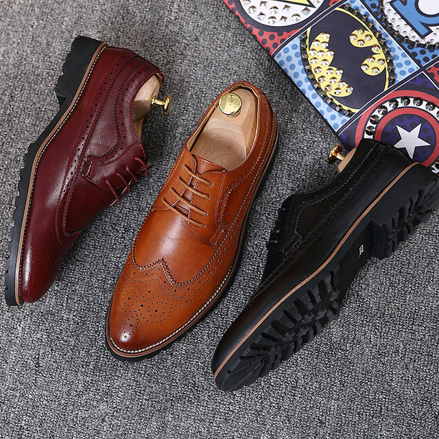 Men's Dress Shoes Fashion Brogue Floral Pattern Men Formal Shoes Leather Luxury Wedding Shoes Red Wine Men Oxford Plus Size 45