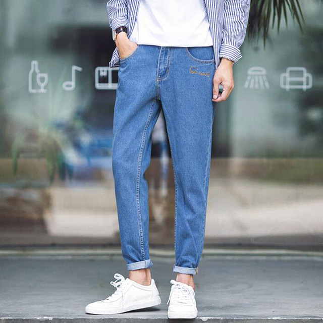 HEE GRAND Men Jeans 2017 New Spring Men's Fashion Pencil Pants Denim Jeans Slim Fit Solid Letter Print Jeans For Man MKN854