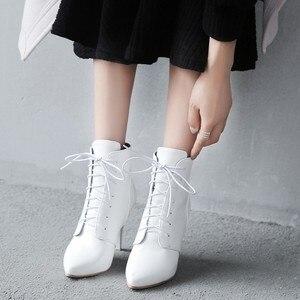 Image 3 - Простые облегающие ботинки большого размера 11 12 13 14 15 европейцев и американцев на высоком каблуке с острым носком и шнуровкой спереди