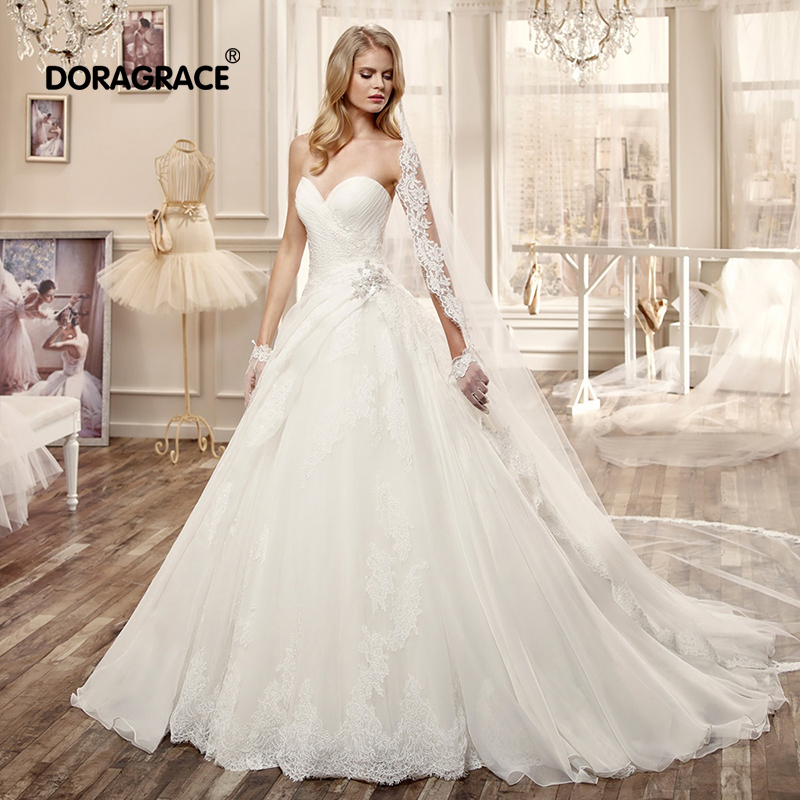 Romantic A Line Sweetheart Sleeveless Wedding Dresses Applique Tulle Gowns Vestido de Noiva DG0003
