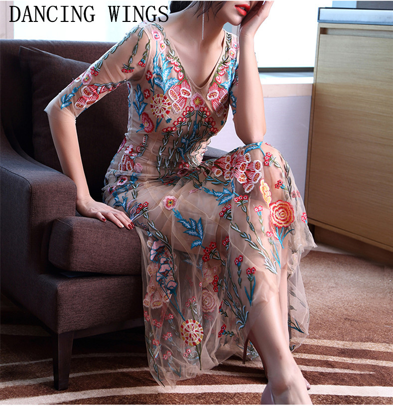 Runway Dress Designers 2018 Autumn Women Elegant Party Dress Sexy Half sleeve Lace Tulle Mesh Floral Embroidery Long Dress 2017 autumn designer runway style party lace women allover hollow out lace embroidery long sleeve dark blue mermaid dress festa