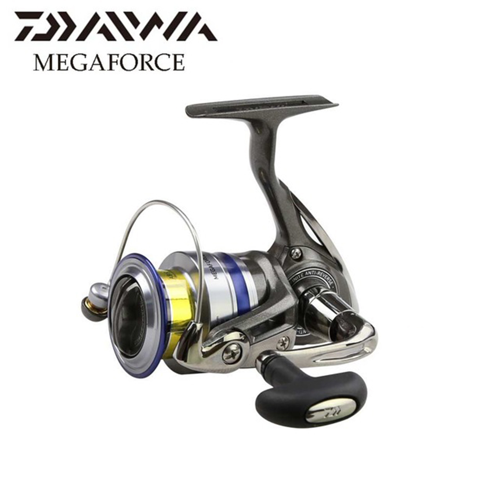 Daiwa MEGAFORCE 4+1 Ball Bearings Carp Fishing Reel  6kg Max Drag Power Spinning Reel with Extra Spool Saltwater Fishing Reel 3bb ball bearings left right interchangeable collapsible handle fishing spinning reel se200 5 2 1 with high tensile gear red
