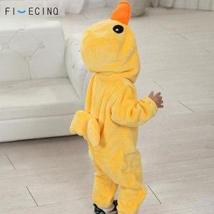 Image 2 - צהוב ברווז Kigurumis תינוק ילד בעלי החיים קוספליי תלבושות Kawaii חם פלנל פיג מה חליפת ילד תינוק מסיבת יום הולדת משחק סרבל