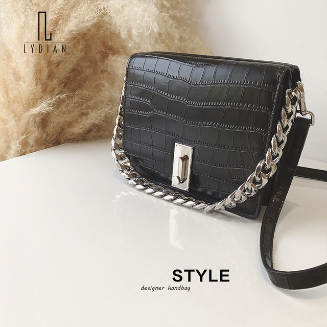 b0e795c307 US $98.78 |LYDIAN 2018 Bag White 2018 New Fashion Leather Crocodile Pattern  Hong Kong Style Retro Small Bag Chain Shoulder Messenger Bag-in Shoulder ...