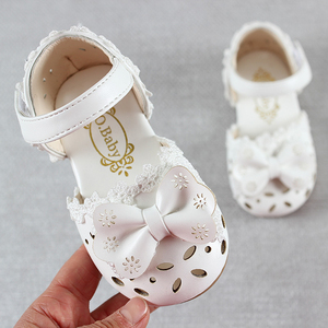 Image 3 - 최신 여름 키즈 신발 2020 패션 가죽 소녀를위한 달콤한 어린이 샌들 유아 아기 통기성 Hoolow Out Bow Shoes