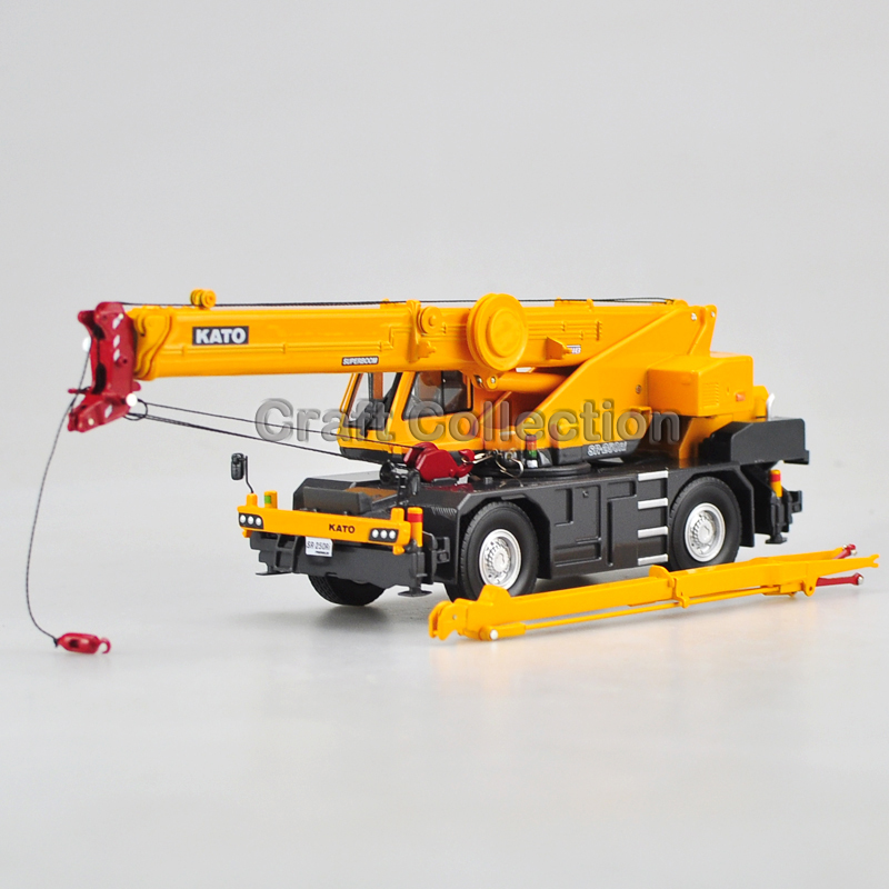 1:50 KATO SR-250Ri Premium Roughter Rough Terrain Off-road Crane Diecast Truck Miniature Collection