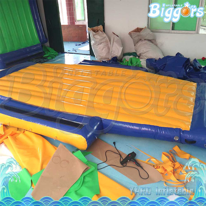 Inflatable water game (2)