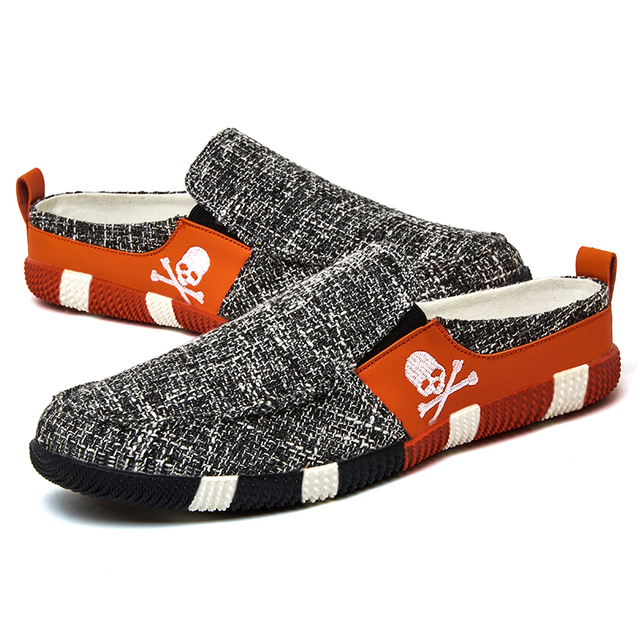 SKULL CROSSBONE SLP-ON SHOES (3 VARIAN)