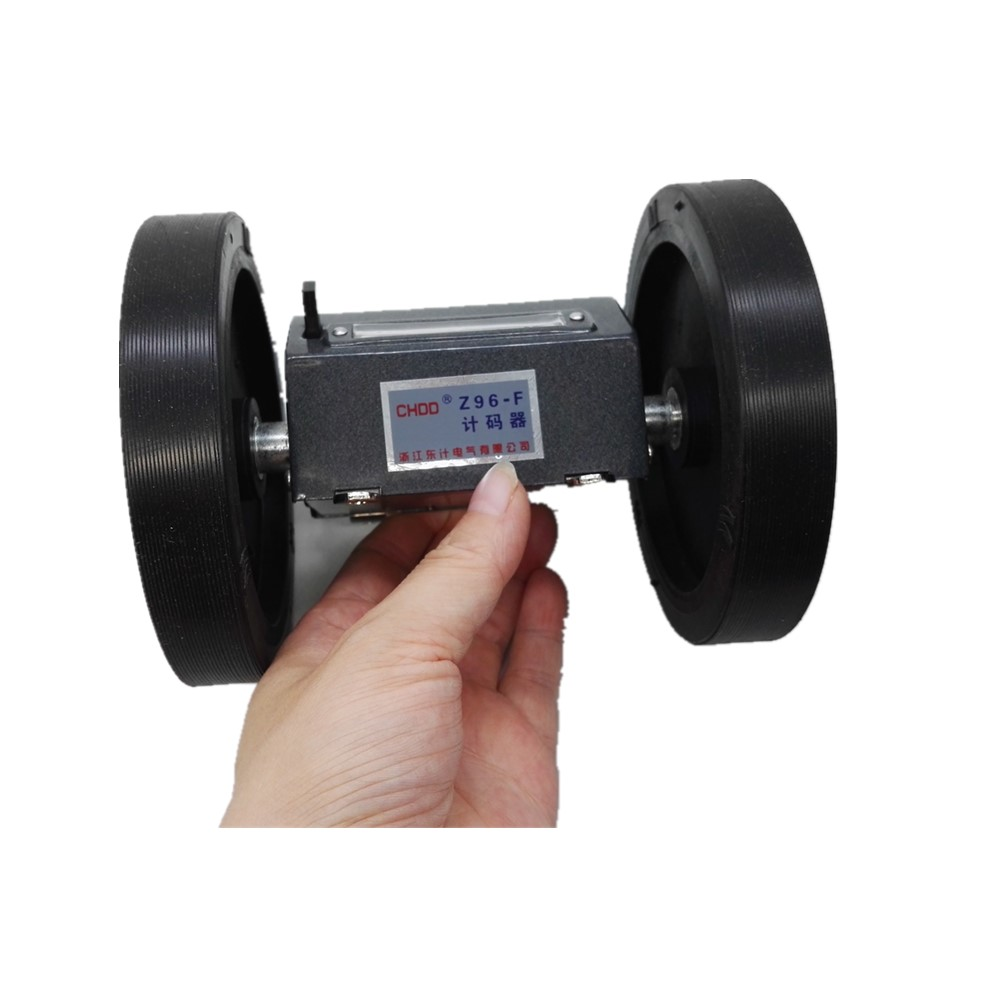 все цены на Z96-F Roller wheel mechanical length measuring device scroll yard counter for textile, printing, plastic film, synthetic leather онлайн