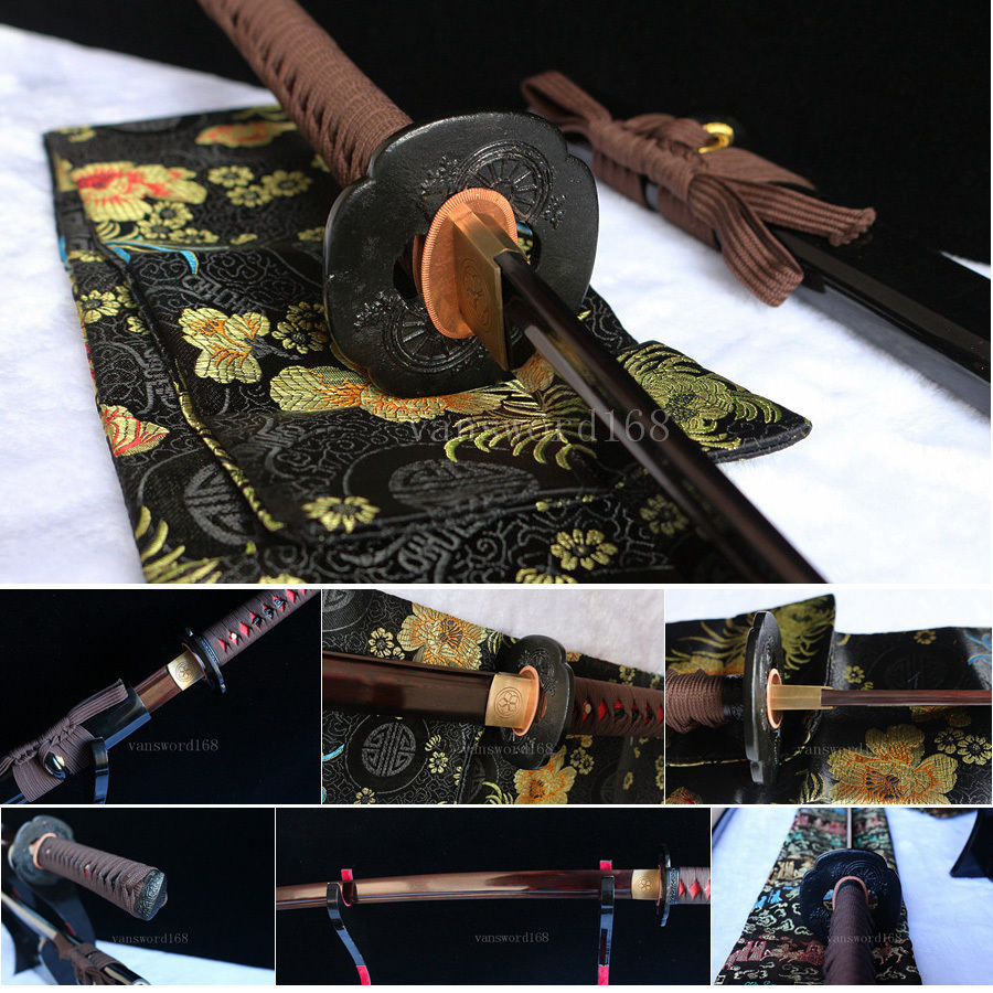 ručně kovaný červený damašek skládaný ocelový nůž Japonský pravý meč Katana Samurai.
