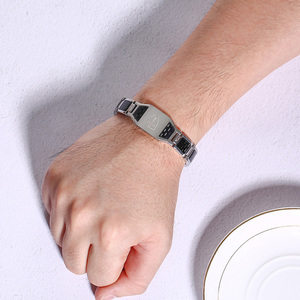 Image 2 - נירוסטה פחמן סיבי צמידי גבר אבירי טמפלרים צלב בצבע רסיס שעון מותגים מגנטי בריאות קלוש צמיד גברים