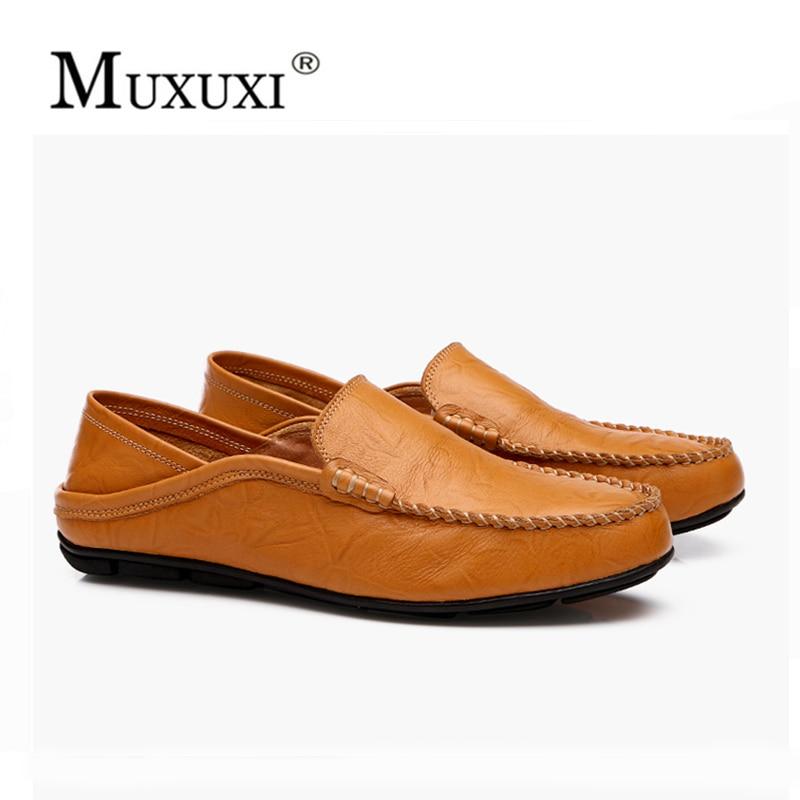 عالية الجودة الرجال عارضة الأحذية 2018 أزياء الرجال الأحذية الجلدية المتسكعون الاخفاف الانزلاق على الرجال الشقق متعطل حذاء الذكور مريحة