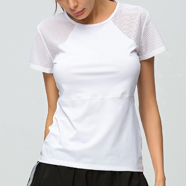5939f2bc5 US $9.98 30% OFF|2018 Yoga Tops Fitness Workout Shirts For Women Short  Sleeved O Neck T Shirt Loose Breathable Quick Drying Running T Shirt  Women-in ...