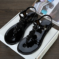 Summer Fashion New Flower Clip Toe Women Sandals Flat Casual Jelly Shoes Slippers
