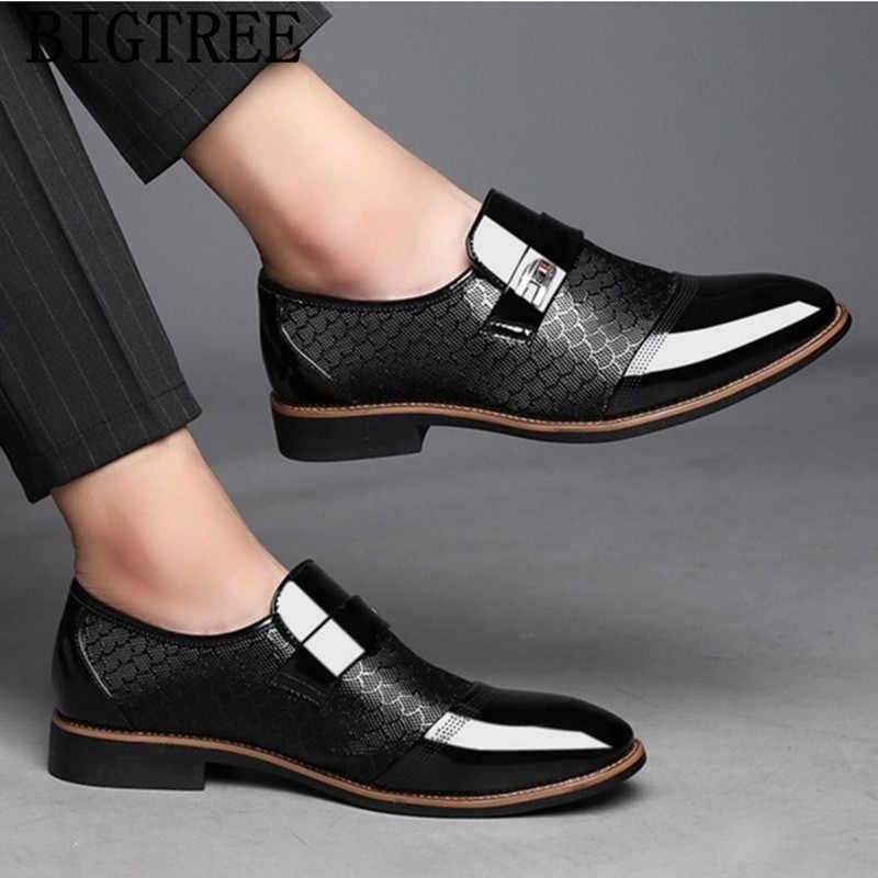 イタリア黒フォーマルな靴男性ローファーウェディングドレスシューズメンズパテントレザーオックスフォードシューズの男性 chaussures オム en クイル
