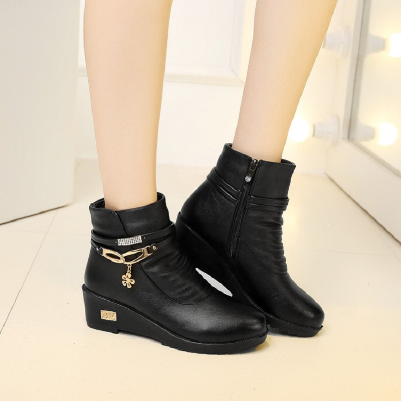 2016 new autumn and winter fashion boots warm mom big size round plus velvet flat shoes