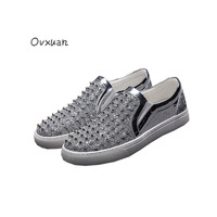2017 Bright Sequins Design Leather Men Casual Shoes Short Rivet And Spikes Men Dress Loafers Fashion