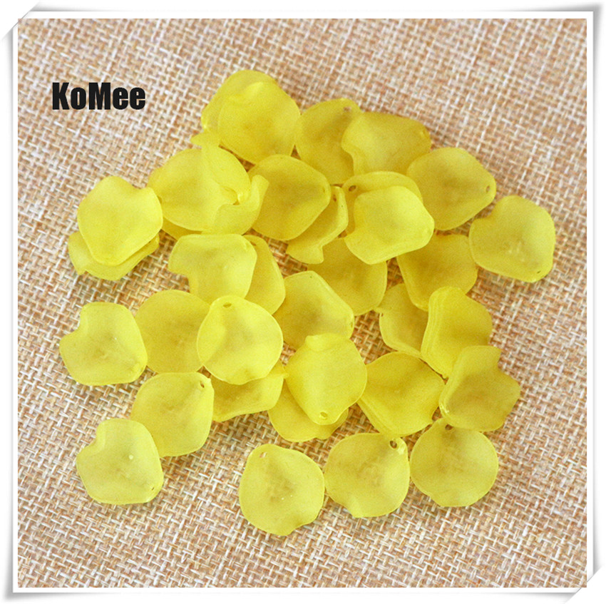 White 500Pcs Acrylic Leaf Petals Flower Frosted Acrylic Spacers Beads 15mm For