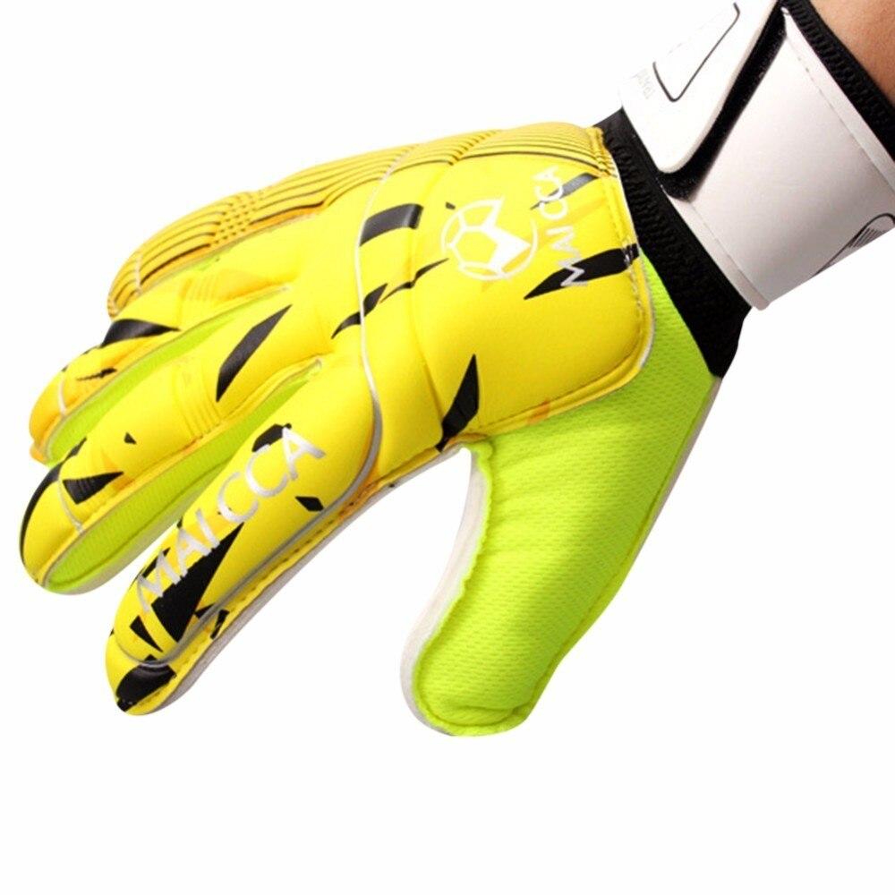 цена на New Men Soccer Goalkeeper Gloves For Football Latex Goalie Gloves Professional Sports Finger Protection Goalkeeper Gloves