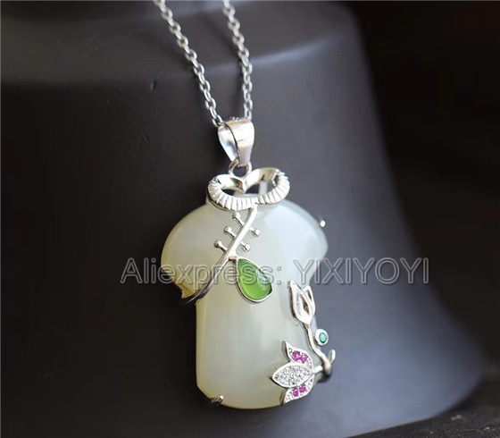 925 Sterling Silver White Green HeTian Jade Inlay Cheongsam Design Dangle Lucky Pendant + Chain Necklace Charm Fine Jewelry Gift 925 silver natural white white hetian jade beads inlay flower dangle lucky pendant necklace ring elegant woman s jewelry set