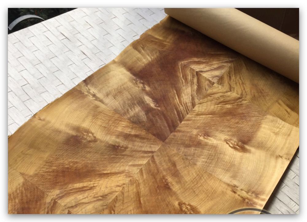 L: 2.5 mètres de largeur: 60 cm épaisseur: 0.25-0.3mm épissage du bois or Phoebe Woood placage bricolage placage décoratif pour la maison