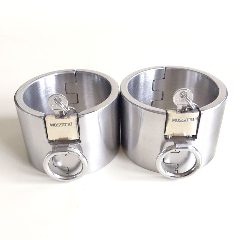 Super High 5cm Metal Sex Leg Cuffs Stealth Lock Stainless Steel Round Oval Legcuffs for Adult Fetish Sex Toys for Couples G26