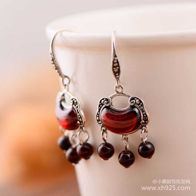 "925 sterling silver mark ""Anting rumbai garnet"