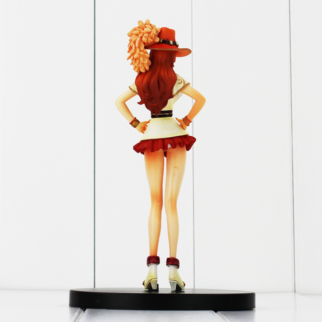 One Piece Nami 17cm PVC Anime Action Figure Model Toys