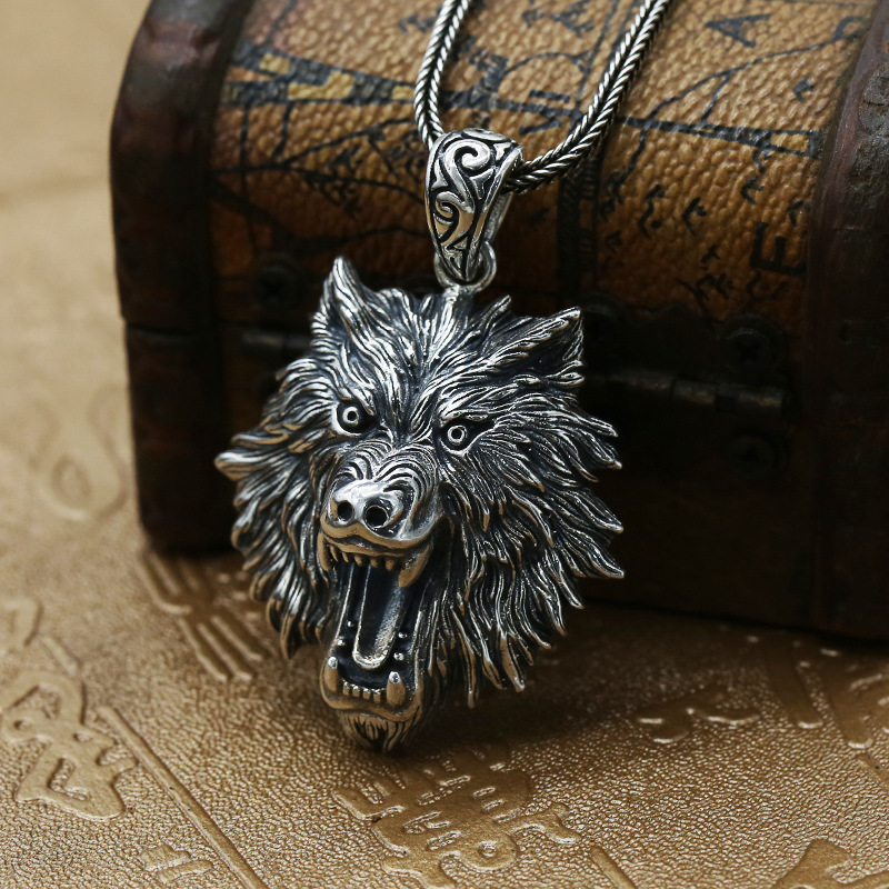 Factory Wholesale S925 Sterling Silver Jewelry Domineering Wolf Head Pendant Men Retro Thai Silver Exaggerated Chain PendantFactory Wholesale S925 Sterling Silver Jewelry Domineering Wolf Head Pendant Men Retro Thai Silver Exaggerated Chain Pendant