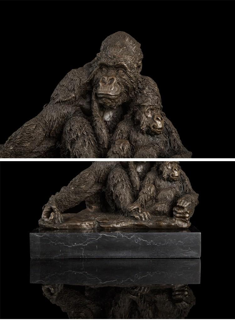 Vintage CRAFTS ARTS Best Selling Animal Metal Crafts 100% Bronze Orangutans  sculptures Gibbon Statue Signed by C Walton