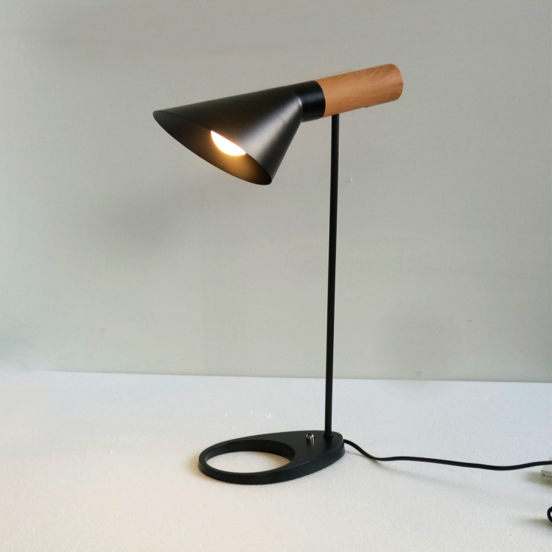 Nordic table lamp work learning AJ lamps iron wood bedrooms bedside table lampsNordic table lamp work learning AJ lamps iron wood bedrooms bedside table lamps