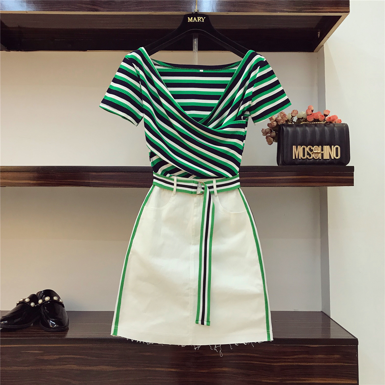 Hong Kong Style Playful Suit 2018 Summer Women Striped Cross V-collar Irregular Blouse + Hitching Color Half Skirt Suits Student