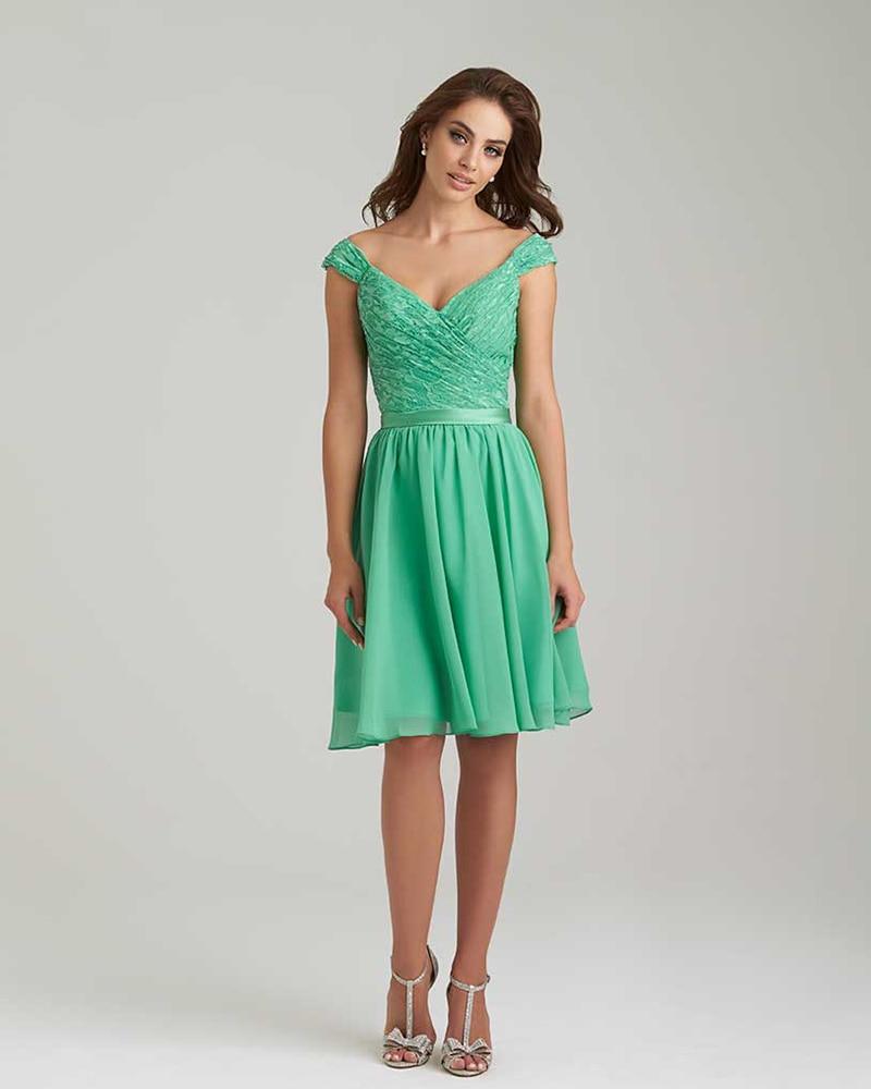 Vestido verde corto boda
