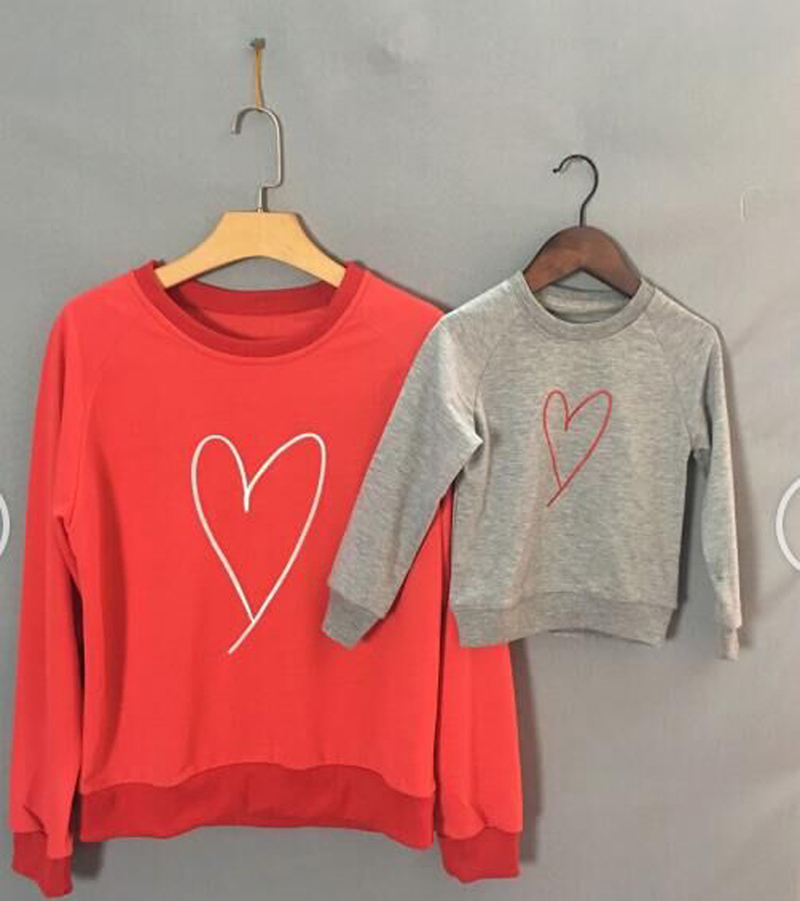 Mother And Daughter Family Matching Clothes Baby Boy Girl Kid Long Sleeve Heart Sweats Sweatshirt Hoodie Autumn Winter Fashion