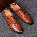 Inglaterra estilo mens casual comfort office party punta estrecha oxford resbalón-en los zapatos de las borlas de cuero genuino hombre de los zapatos mocasines