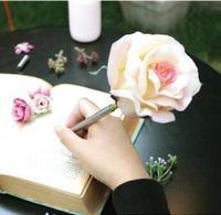 Delicada rosa patrón de flor de la pluma de gel de 0.5mm de moda de Corea papelería creativa 1 unidades de regalo chica