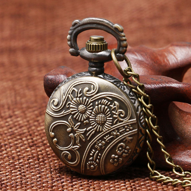 Vintage Bronze Retro Bronze 3D Sailboat Design Small Size Quartz Pocket Watch With Sweater Necklace Chain Free Shipping To Women
