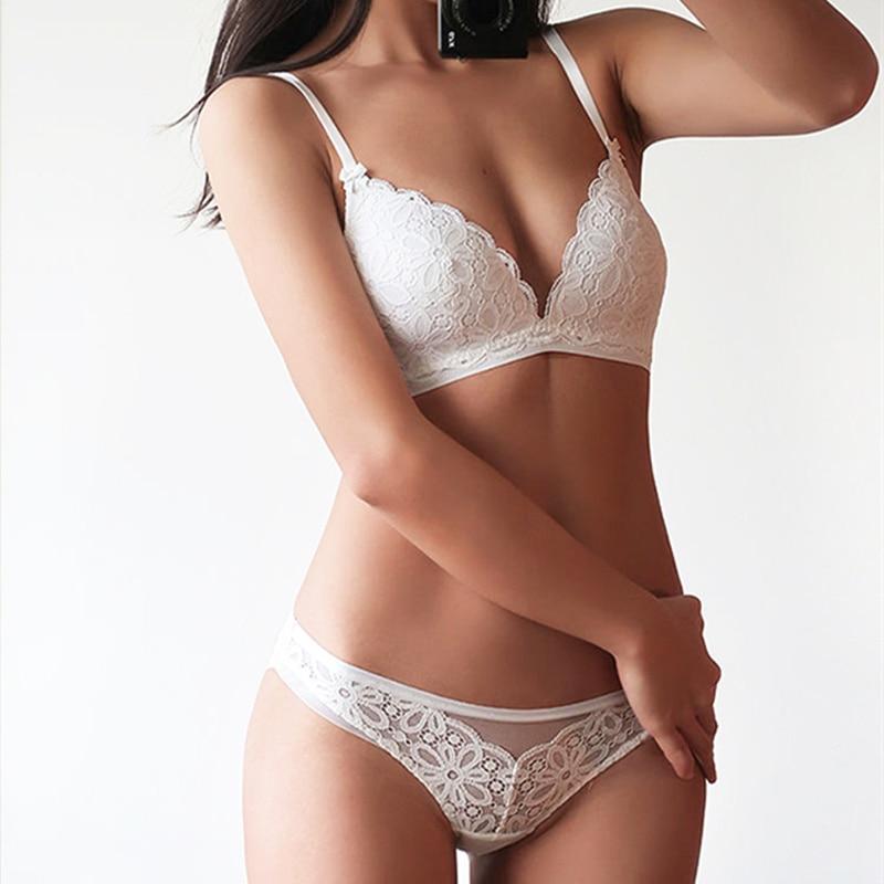 Conjunto de sujetador de copa triángulo de encaje Sexy para mujer ropa interior cómoda transpirable sin hilos de algodón fino color sólido