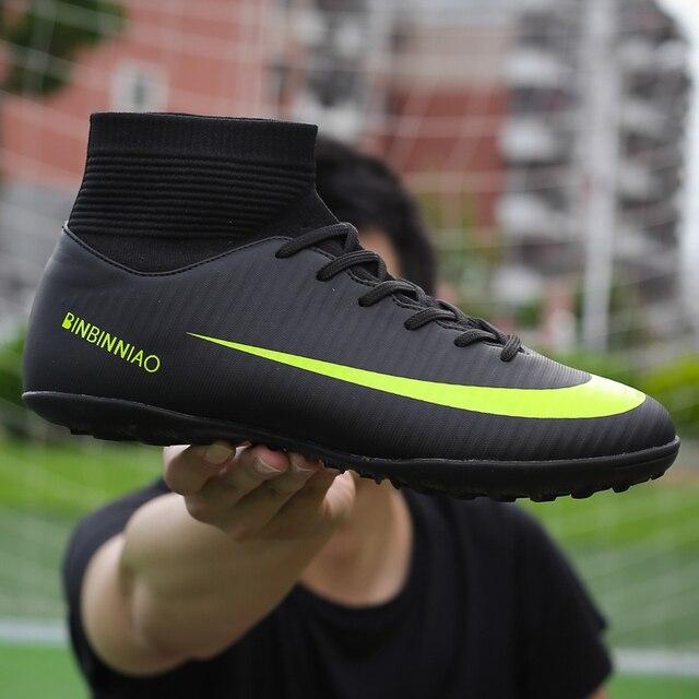 Męskie korki do piłki nożnej piłka nożna knagi buty długie kolce TF kolce kostki wysokie trampki miękkie kryty Turf Futsal buty piłkarskie mężczyzn