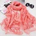 120 unids/lote 2015 nuevo invierno cálido flor del cordón de la felpa de la bufanda del mantón con borla / lace pashmina