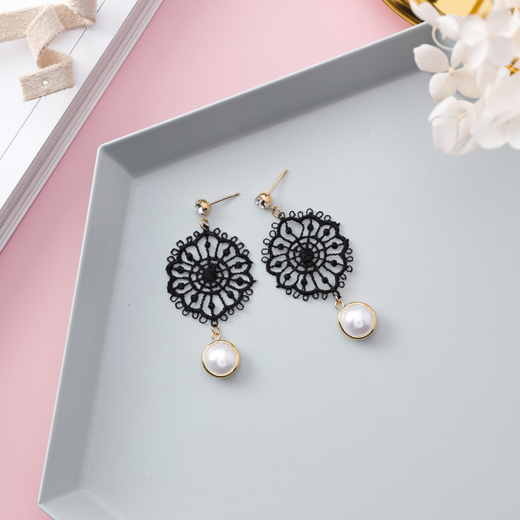 2018 Korean Elegant Lace Flower Drop Earrings Simulated Pearl Jewelry For Women Hold Dre ...