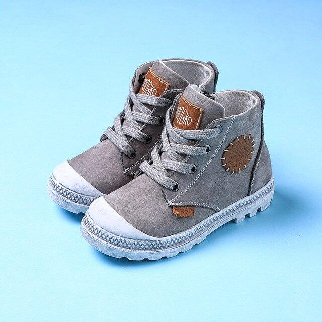 8b8a7def3ada3 Nouveau Automne Hiver Enfants En Cuir Véritable Chaussures Garçons Filles  Gris Martin Bottes De Mode Cheville